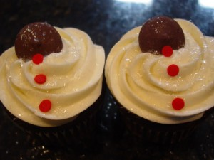 Chocolate Covered Cherry Cupcakes With Cream Cheese Icing