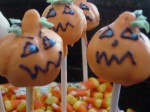 Pumpkin Cake Pops For Halloween