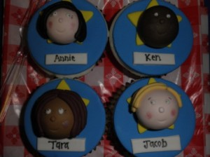 Fondant Cupcakes with Fondant Faces