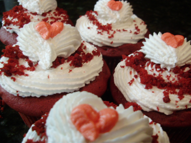 these sweetheart cupcakes are easy to create and just so