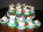 Easter Cupcakes with Meringue cookie chicks
