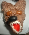 "Halloween Cupcake ""Figure Piped Wolf"