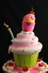 Cherry_Hearts_Jumbo_Cupcake_Andrea_Sullivan